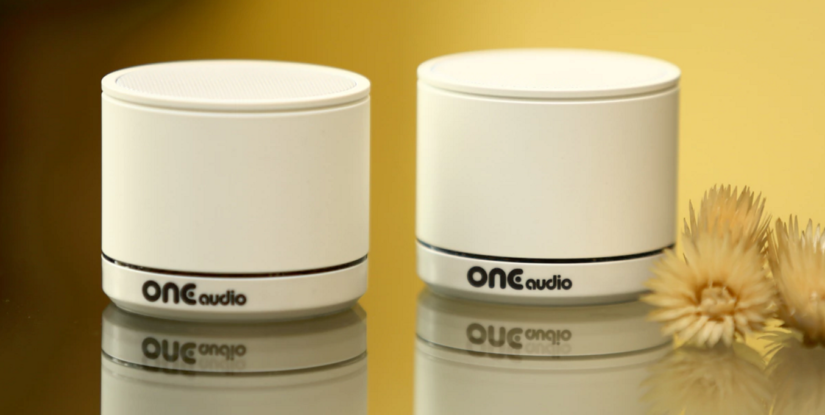 Tiny ONEmicro speaker uses cordless phone tech for a Bluetooth extraction
