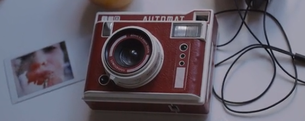 Lomo'Instant Automat camera makes film creativity easy
