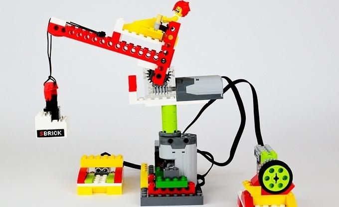 The SBrick Plus hides STEM education inside toy bricks